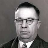 FOLL, Hattil Spencer (1890–1977)<br /> <span class=subheader>Senator for Queensland, 1917–47 (Nationalist Party; United Australia Party; Liberal Party of Australia)</span>