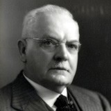 McLACHLAN, James (1870–1956)<br /> <span class=subheader>Senator for South Australia, 1935–47 (United Australia Party; Liberal Party of Australia)</span>