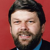BELL, Robert John (1950–2001)<br /><span class=subheader>Senator for Tasmania,  1990–96 (Australian Democrats)</span>